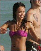 Jessica Alba in sexy bikini